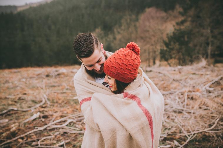 fotografo pre boda vizcaya bizkaia19 Ana + Ander | Sesión de pareja en Oiz
