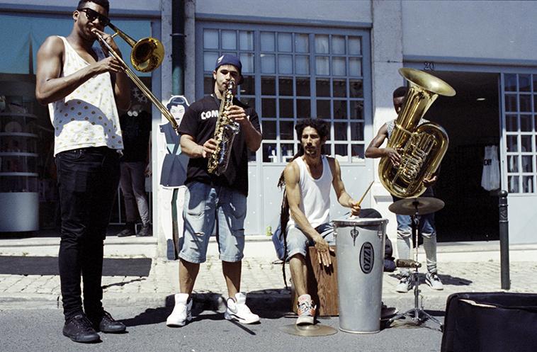 music group lisboa feira da ladra Lisboa Vintage