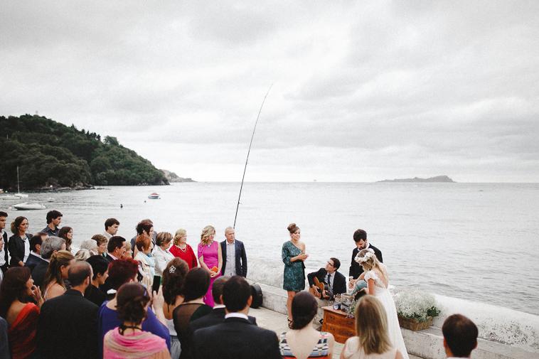 aintzanexabi forester fotgrafos de boda 76 Boda en San Juan de Gaztelugatxe