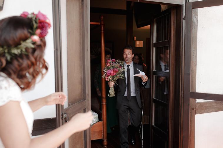 fotografo de bodas bilbao 329 Lara & Patxi | Boda surfera en Barrika