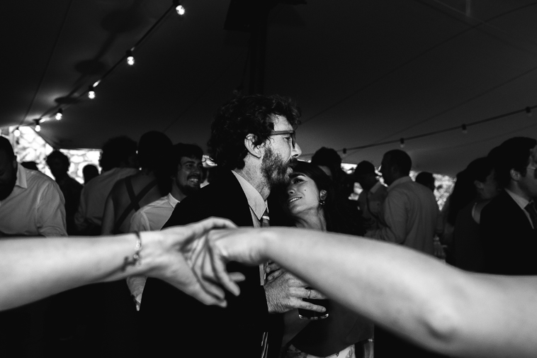fotografo de bodas bilbao 1405 Lara & Patxi | Boda surfera en Barrika