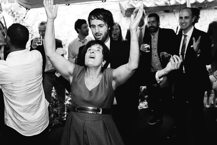 fotografo de bodas bilbao 1424 Lara & Patxi | Boda surfera en Barrika