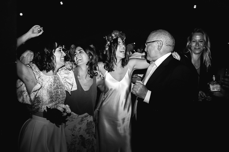 fotografo de bodas bilbao 1580 Lara & Patxi | Boda surfera en Barrika