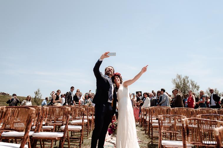 fotografo de bodas bilbao 738 Lara & Patxi | Boda surfera en Barrika